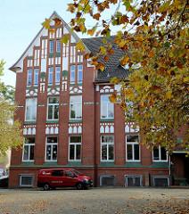 Johannes Brahms Schule in der Lindenstraße von Pinneberg; erbaut 1910 - Architekt Theodor Sievers.