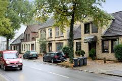 Einzelhäuser, teilweiser Leerstand im Fahrtskamp / Pinneberg.