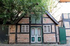 Historischer Schuppen, denkmalgeschütztes Nebengebäude  in der Großen Wallstraße von Boizenburg/Elbe.