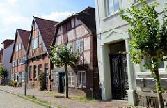 Denkmalgeschützte Wohnhäuser / Fachwerkgebäude in der Klingbergstraße von Boizenburg/Elbe.