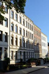 Mietwohnhaus in der Maretstraße von Hamburg-Harburg, das denkmalgeschützte Wohnhaus wurde 1898 errichtet - Architekt Heinrich Meier.