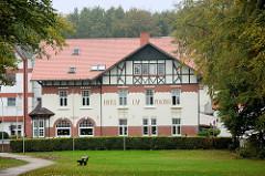 Hotel Cap Polonio im Fahltskamp von Pinneberg; errichtet 1908, Architekt Theodor Sievers. Das Gebäude steht als Pinneberger Kulturdenkmal unter Denkmalschutz.