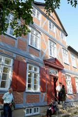Das Gebäude der Wassermühle in Trittau wurde 1701 errichtet . Die Anlage am Mühlenteich steht als Kulturdenkmal unter Denkmalschutz.