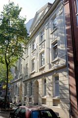 Baudenkmal in Hamburg Wilhelmsburg, Otterhaken; errichtet 1910. Das Etagenhaus steht als Hamburger Baudenkmal unter Denkmalschutz.