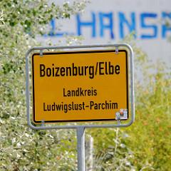 Schild der Stadtgrenze von Boizenburg/Elbe - Landkreis Ludwigslust-Parchim.