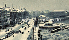 Hansestadt Hamburg im Winter - Blick auf den Jungfernstieg, Verkehrspavillon und Alsterpavillon.