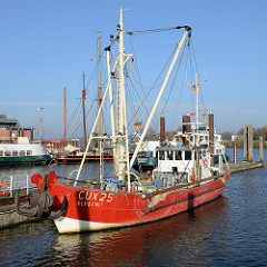 Fischkutter Elvstint an seinem Liegeplatz im Fischereihafen von Hamburg Finkenwerder.