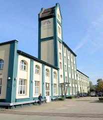 Baudenkmal in der Jaffestraße von Hamburg Wilhelmsburg, Fabrikanlage der ehemaligen Palminwerke; erbaut 1910- Architekten Plöttner und Weis.