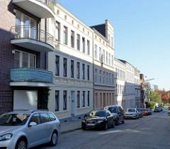Historische Etagenhäuser in der Benningsenstraße von Hamburg-Harburg, die Wohnhäuser wurden Ende des 19. Jahrhunderts errichtet und stehen zumeist unter Denkmalschutz.