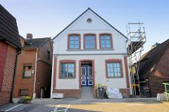 Wohnhaus  / Einzelhaus der Gründerzeit  am Auedeich im Hamburger Stadtteil Finkenwerder.