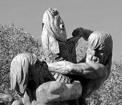 Detail vom Stuhlmannbrunnen auf dem Platz der Republik in Hamburg Altona; der Brunnen wurde 1900 eingeweiht - Bildhauer  Paul Türpe..