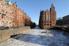 Winterfotos von Hamburg im Eis - Speicherstadt / Holländischer Brook Fleet.