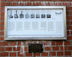 Mahnmal gegen Faschismus, Krieg, Gewalt - für Frieden und Menschenrechte in Hamburg-Harburg; Entwurf Esther Shalev-Gerz und Jochen Gerz. Sie bauten 1986 eine bleiummantelte Säule von zwölf Metern Höhe auf, die als Schreibgrund für Unterschriften und