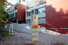 Gebäude vom Feuervogel Hamburg in der Maretstraße von Harburg - Bürgerzentrum Phoenix.