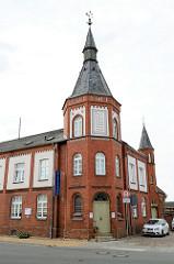 Ehemaliges Heiliggeist-Spital mit Kapelle Am Pferdemarkt in Bützow; das Backsteingebäude steht als Baudenkmal der Stadt unter Denkmalschutz