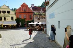 Historische Gebäude in der Altstadt von  Krumau an der Moldau / Český Krumlov.