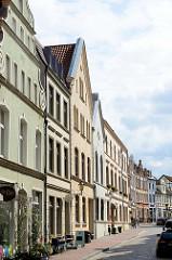 Blick in die Straße Schweinsbrücke in Wismar.