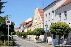 Wohnhäuser/Geschäftshäuser im Stadtkern von Oderberg - Angermünder Straße.