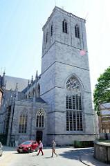 Gotische St. Martins Basilika in Lüttich / Liège; 1542 als spätgotische Kreuzbasilika fertiggestellt.