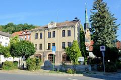 Ehemaliges Rathaus der Stadt Oderberg, das Gebäude wurde 2011 an einen Privatinvestor verkauft und steht anscheinend seitdem leer.