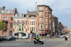 Straßenecke am Boulevard de l'Est in Lüttich / Liège.