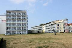 Hotelanlage an der Uferpromenade vom Ostseebad Kühlungsborn.
