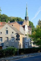 Blick zur  St. Nikolaikirche in Oderberg, neugotischer Backsteinbau, errichtet von 1853 bis 1855; Architekt F. A. Stüler.