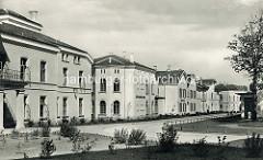 Alte Fotografie der  klassizistische Promenadenvillen im Ostseebad Heiligendamm / Bad Doberan.