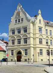 Gebäude vom Bischöflichen Gymnasium von Jan Nepomuk Neumann in Budweis / České Budějovice.