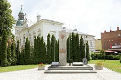 Nationaldenkmal an der Straße Bankowa in Bielawa/Langenbielau.