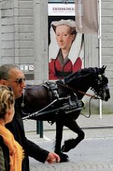 Touristenstadt Brügge -  Werbeplakat für das Groeningemuseum.