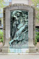 Kriegsdenkmal, Bronzerelief in Löwen / Leuven.