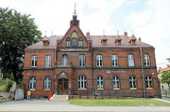Neogotische Backsteinarchitektur, Postgebäude  in der Stadt Langenbielau/Bielawa.