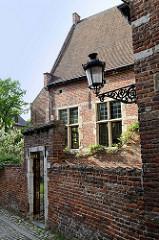 Areal vom Großen Beginenhof  in Löwen / Leuven. Der Löwener Beginenhof ist ein typischer Stadtbeginenhof mit zahlreichen kleinen Straßen und Plätzen. Die meisten Häuser stammt aus dem 16. Jahrhundert.