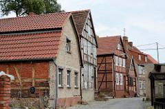 Historischen Bebauung in der Straße Bischofsberg der Hansestadt Havelberg.