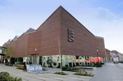 Gebäude vom Reichsarchiv / Rijksarchief; Architekt Olivier Salens. Das Archivgebäude wurde 2012 auf dem Gelände des ehem. Dominkanerklosters errichtet.