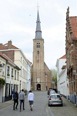 Blick zur Sint Annakerk / St. Annakirche in Brügge; Barockarchitektur, geweiht 1621.
