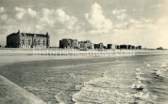 Historische Aufnahme von der Strandpromenade von Seebrügge; Hotels und Wohnhäuser.