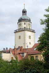 Nikolaikirchturm in Altenburg; romanische Wehrkirche errichtet vor 1223.