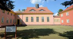 Jetziges Eichamt bei den Messingwerken in Finow / Eberswalde; errichtet 1923 als Gemeindeschule.