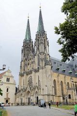 Wenzelsdom, Katedrála svatého Václava in Olmütz / Olomouc. Ursprünglich als gotische Kirche im 14 Jahrhundert vollendet - der König Wenzel III. wurde in der Kirche bestattet. Ab 1883 wurde der Dom im Stil der Neogotik teilweise neu gestaltet- Archit