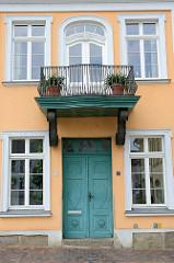 Denkmalgeschütztes Gebäude am  Franz-Parr-Platz in der Stadt Güstrow; vormals Museum und  ehemaligem Pferdestall.