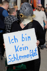 Welttag für das Ende der Fischerei. am 30.03.2019 - Aktionen an der Mönckebergstraße in Hamburg.