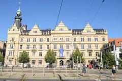 Gebäude der Rechtswissenschaftlichen Fakultät der Westböhmischen Universität in Pilsen / Plzeň. Universitätsgebäude im Baustil der Neo-Renaissance Architektur, errichtet 1905 - ehem. Handelskammer der Stadt.