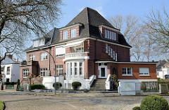 Backsteinvilla - Doppelvilla im Trummersweg von Hamburg Eppendorf.