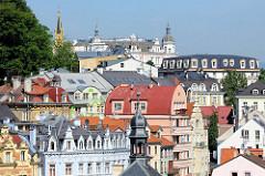 Dächer und Türme der Altstadt von Karlsbad /  Karlovy Vary.