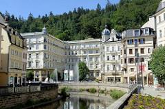 Grandhotel / Café Pupp in Karlsbad; neobarocker Prachtbau - Hotel mit 228 Zimmern, Architekten Ferdinand Fellner und Hermann Helmer.