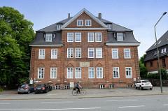 Historische Architektur in Flensburg - Mürwik / Mürwiker Straße; ehem. Kaiserliche Post / Alte Mürwiker Post - jetzt Nutzung als Wohngebäude.