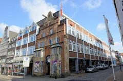 Geschäftshäuser am Südermarkt in Flensburg - moderne Architektur mit Renaissance-Fassade.