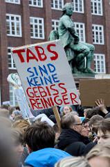 In Hamburg demonstrierten am Sonnabend ca. 7000 Menschen gegen die geplante EU-Reform des Urheberrechts und die geplanten Upload-Filter.